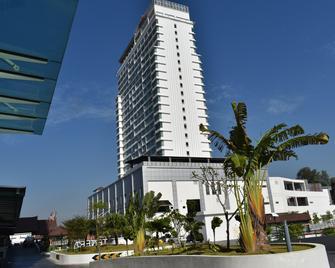 Hotel Tenera - Bandar Baru Bangi - Gebäude