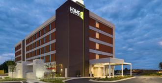 Home2 Suites by Hilton Charlotte Airport - Charlotte - Building