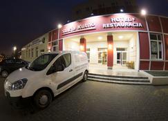 Hotel Stacja Kutno - Kutno - Edificio