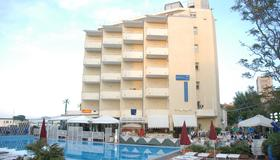 Hotel Perticari - Pesaro - Rakennus