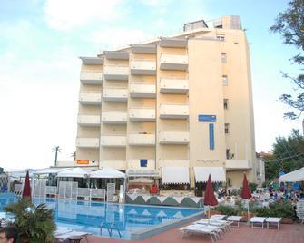Hotel Perticari - Pesaro - Edificio
