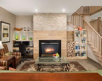 Country Inn & Suites by Radisson, Louisville, SO - Shepherdsville - Lobby