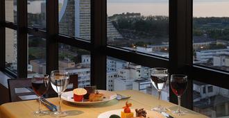 Everest Porto Alegre Hotel - Porto Alegre - Restaurant