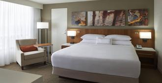 Delta Hotels by Marriott Toronto Airport & Conference Centre - Toronto - Bedroom