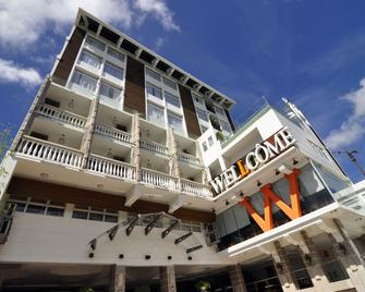 Wellcome Hotel - Cebu City - Building