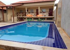 Barcelona Beach Residence - Canoa Quebrada - Bể bơi
