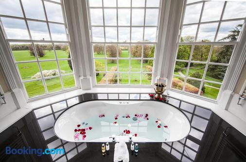Goldsborough Hall - Harrogate - Bathroom
