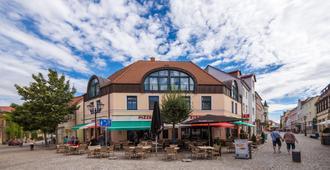 Dw Hotel Altstadt - Waren - Gebouw