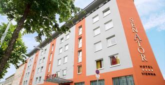 Hotel Senator - Viena - Edificio