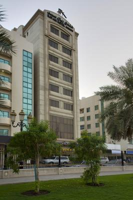 Rayan Hotel Corniche - Sharjah - Building