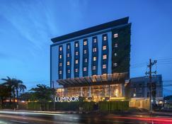 Luminor Hotel Sidoarjo - Sidoarjo - Edificio