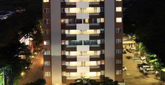 Swiss-belhotel Pondok Indah - South Jakarta - Edificio