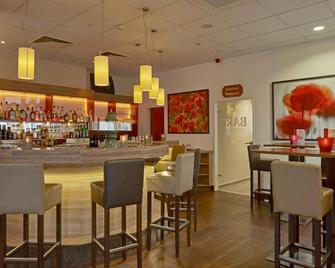H+ Hotel Darmstadt - Darmstadt - Bar