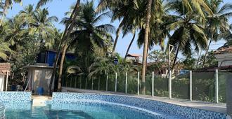 The Retreat - Anjuna - Pool