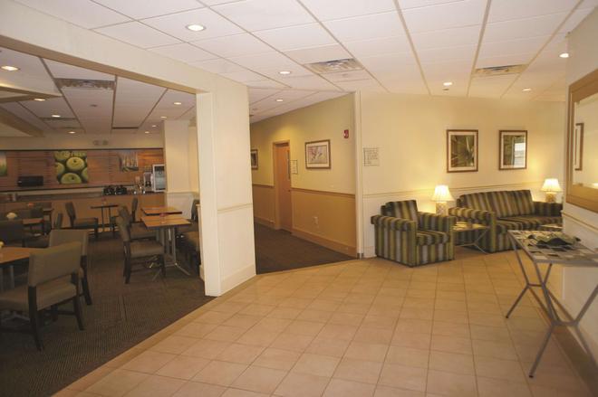 納什維爾/奧普里蘭拉昆塔套房酒店 - 納什維爾 - 納什維爾(田納西州) - 大廳