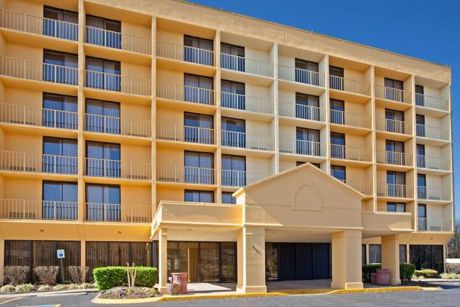 納什維爾/奧普里蘭拉昆塔套房酒店 - 納什維爾 - 納什維爾(田納西州) - 建築