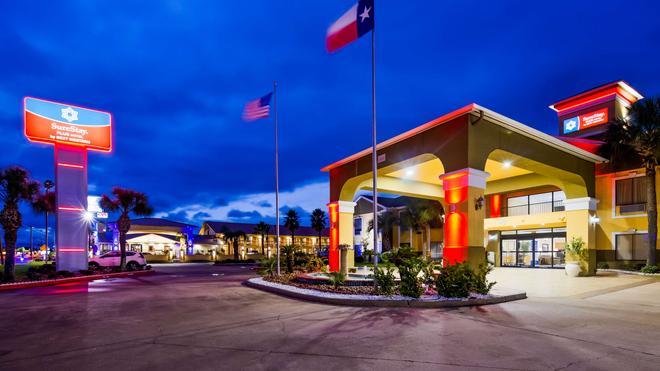 SureStay Plus Hotel by Best Western Alvin - Alvin - Building