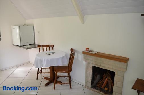Pousada Recanto Das Orquideas - Santo Antônio do Pinhal - Dining room