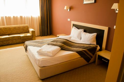 Hotel Oxford Inns&Suites - Timisoara - Bedroom