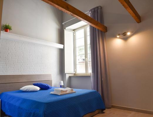 Famigi - Naples - Bedroom
