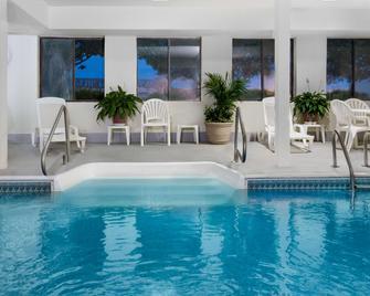 Days Inn by Wyndham Liberal KS - Liberal - Pool