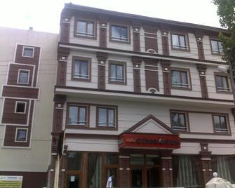 Gungoren Hotel - Kars - Building