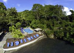 Lembeh Resort - Bitung - Gebäude