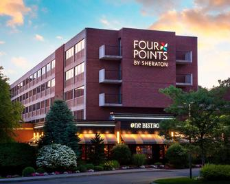 Four Points by Sheraton Norwood - Norwood - Gebouw