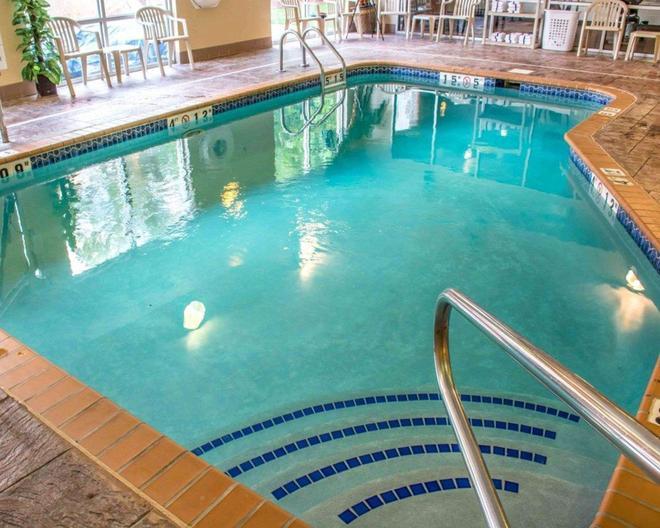 亨茨維爾凱富套房 - 杭茲維爾 - 亨茨維爾 - 游泳池