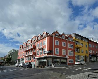 Astoria Hotel - Kristiansund - Building