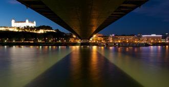 Devin Hotel - Bratislava - Vista externa