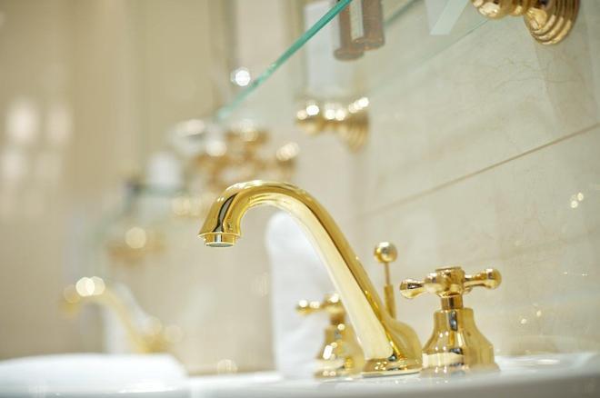 德文酒店 - 布拉提斯拉瓦 - 布拉迪斯拉發 - 浴室