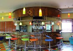 Hotel Nikko Tower - Dar Es Salaam - Bar