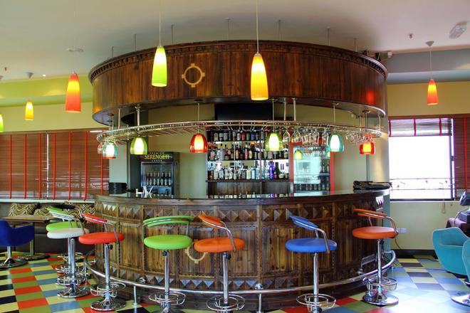 日航大廈酒店 - 達累斯薩拉姆 - 達累斯薩拉姆 - 酒吧