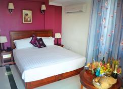 Hotel Nikko Tower - Dar Es Salaam - Yatak Odası