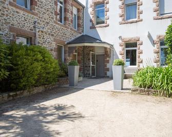 Hôtel Les Costans, The Originals Relais (Relais du Silence) - Perros-Guirec - Building