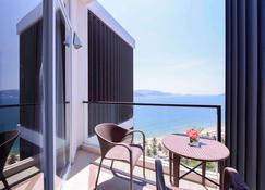 Novotel Nha Trang - Nha Trang - Balcony