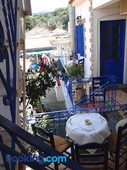 Karagiannaki - Skala Sikamineas - Balcony