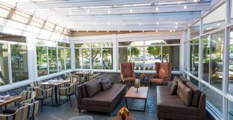 Hotel Indigo Napa Valley - נאפה - מסעדה