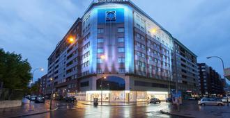 Hotel Silken Luis De León - León - Edificio