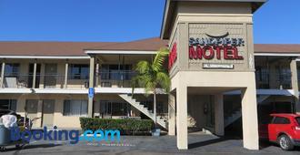 Sandpiper Motel - Costa Mesa - Building