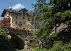 Hotel Cecchin - Aosta - Bina