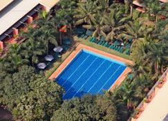 Kabira Country Club - Kampala - Piscina