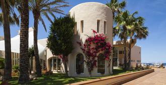 Invisa Hotel Club Cala Verde - Santa Eulària des Riu - Building