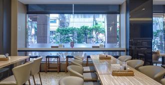 East Dragon Hotel - טאיפיי - מסעדה