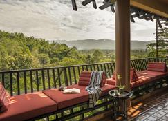 Anantara Golden Triangle Elephant Camp & Resort - Ban Sop Ruak - Balcony
