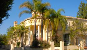 The Stradella Court Mansion - Los Angeles - Building