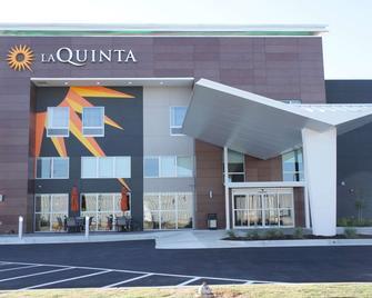 La Quinta Inn & Suites by Wyndham Perry - Perry - Building