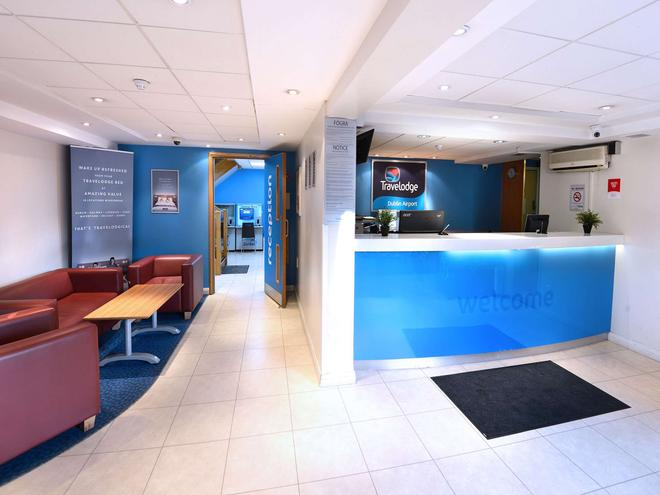 Travelodge Dublin Airport North 'Swords' - Swords - Front desk