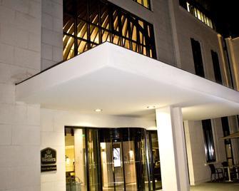 Best Western PLUS Hotel des Francs - Soissons - Building